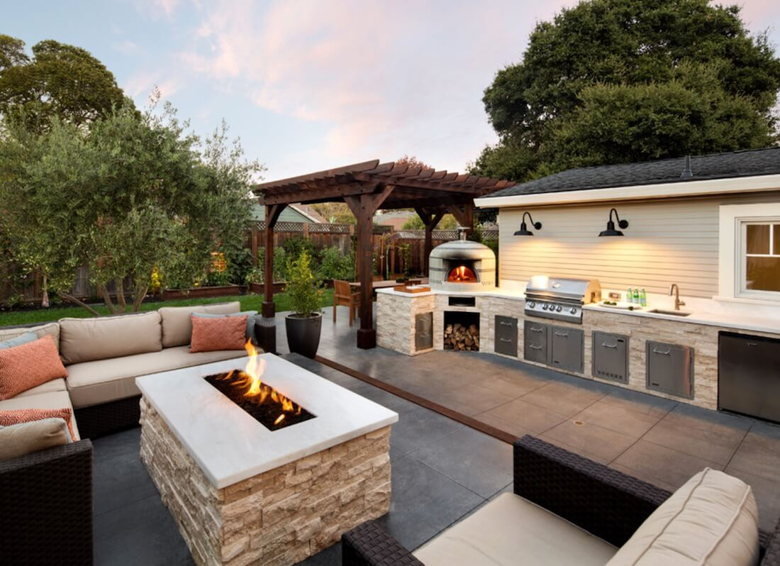 Hasil gambar untuk Benefits Of Outdoor Living Spaces